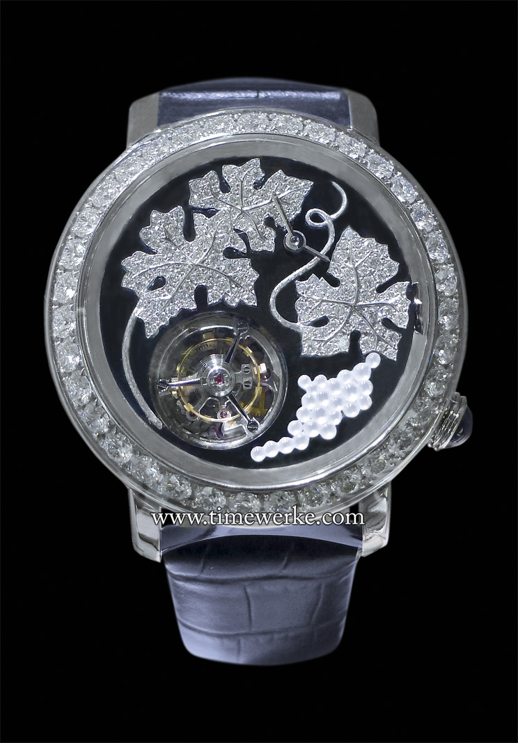 Boucheron Epure Tourbillon Vitis. The grapes are carved from mother-of-pearl. Together with the leaves, it sits on a haematite dial. Limited to 8 pieces. Photo: © TANG Portfolio