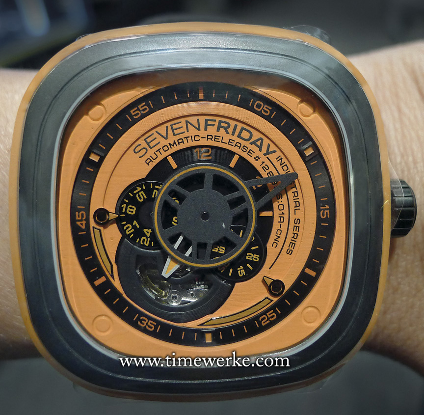 We chanced upon this SevenFriday P1/3 in Singapore (Watches of Switzerland located at Paragon Shopping Centre, tel: +65 6732 9793). We do not expect this watch to stay here for long due to the healthy demand for SevenFriday and the limited supplies. The colours of the SevenFriday P1/3 are inspired by German industrial robotic manufacturer Kuka. SevenFriday timepieces are well-priced and begin from around 900 euros / US$1,250 / S$1,600 / MYR4,100 (Malaysian Ringgit). Photo: © TANG Portfolio