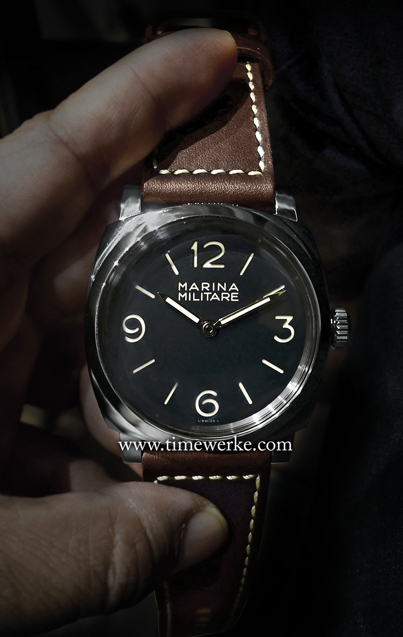 Housed in a 47mm diameter case, the Panerai Radiomir 1940 Marina Militare 3 Days Acciaio or PAM00587, launched at the September 2014 Watches & Wonders exhibition in Hong Kong, is powered by the in-house Calibre P.3000 manual-winding movement with three days of power reserve. The PAM 587 is fitted with a 3mm thick Plexiglas and includes a spare piece. Limited to 1,000 pieces and priced at SGD13,200 / MYR32,400 / AUD10,900. Note: Prices are correct on publication date. Photo: © TANG Portfolio. Elfa / Timmy. 2014 Watches & Wonders Hong Kong