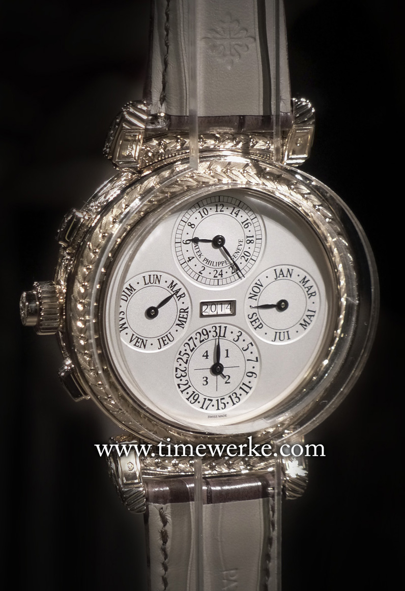 The other face of Patek Philippe's Grandmaster Chime Ref. 5175 features the 24-hour display and the instantaneous perpetual calendar functions. One highlight is the four-digit year display seen in the aperture at the centre of the dial. Corrections can be made in either direction with a patented mechanism created by the brand. Photo: © TANG Portfolio. Geneva 2014