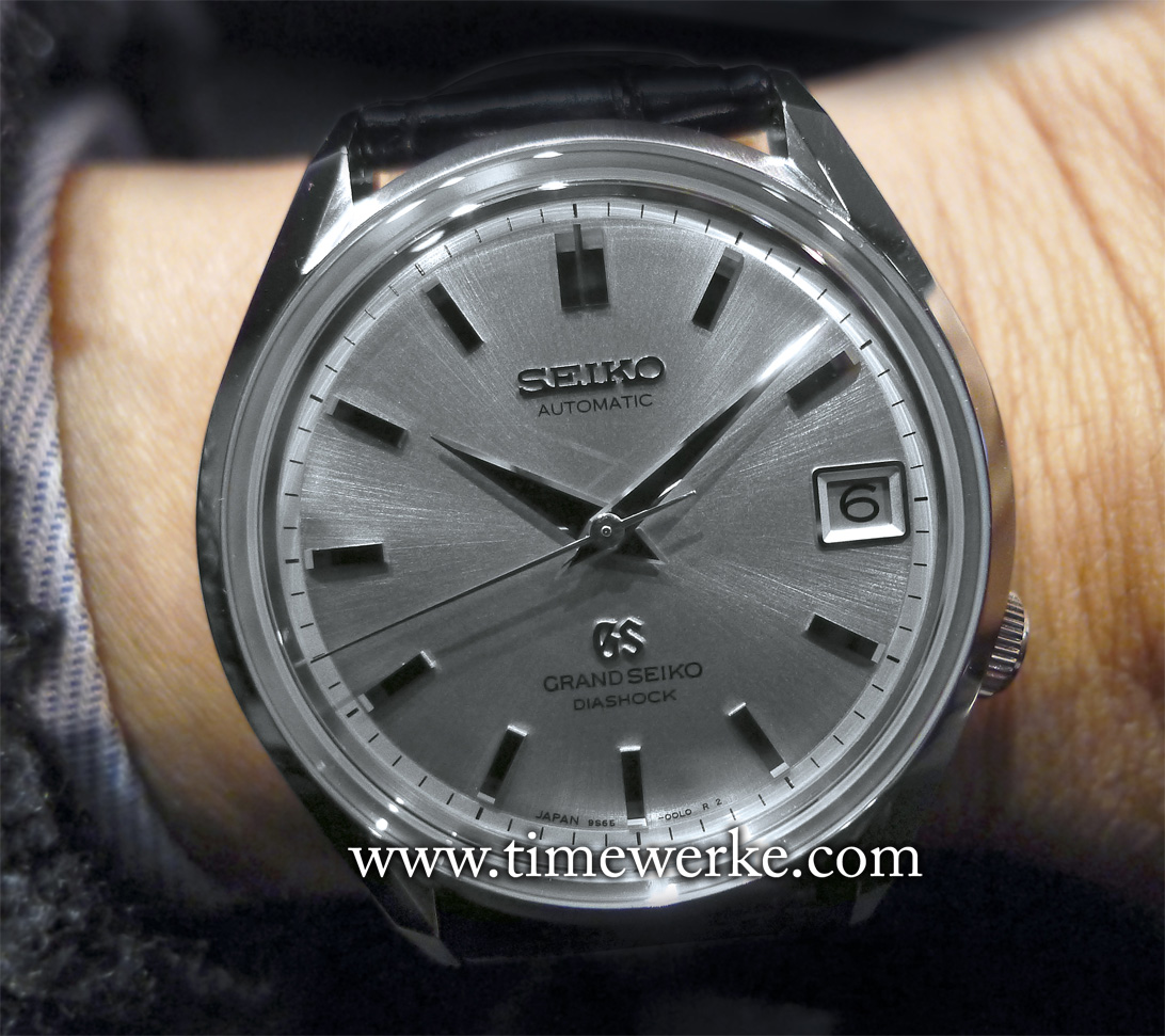 The highly collectible SBGR095 (launched in 2015) in stainless steel is a remake or reborn Grand Seiko 62GS that was first launched in 1967. Take note that it comes in a 37.6mm diameter case. Powered by the Calibre 9S65, it features 72 hours of power reserve. Limited to 600 pieces. Recommended retail price: EUR4,300. Photo: © Elfa / Timmy. BaselWorld 2015
