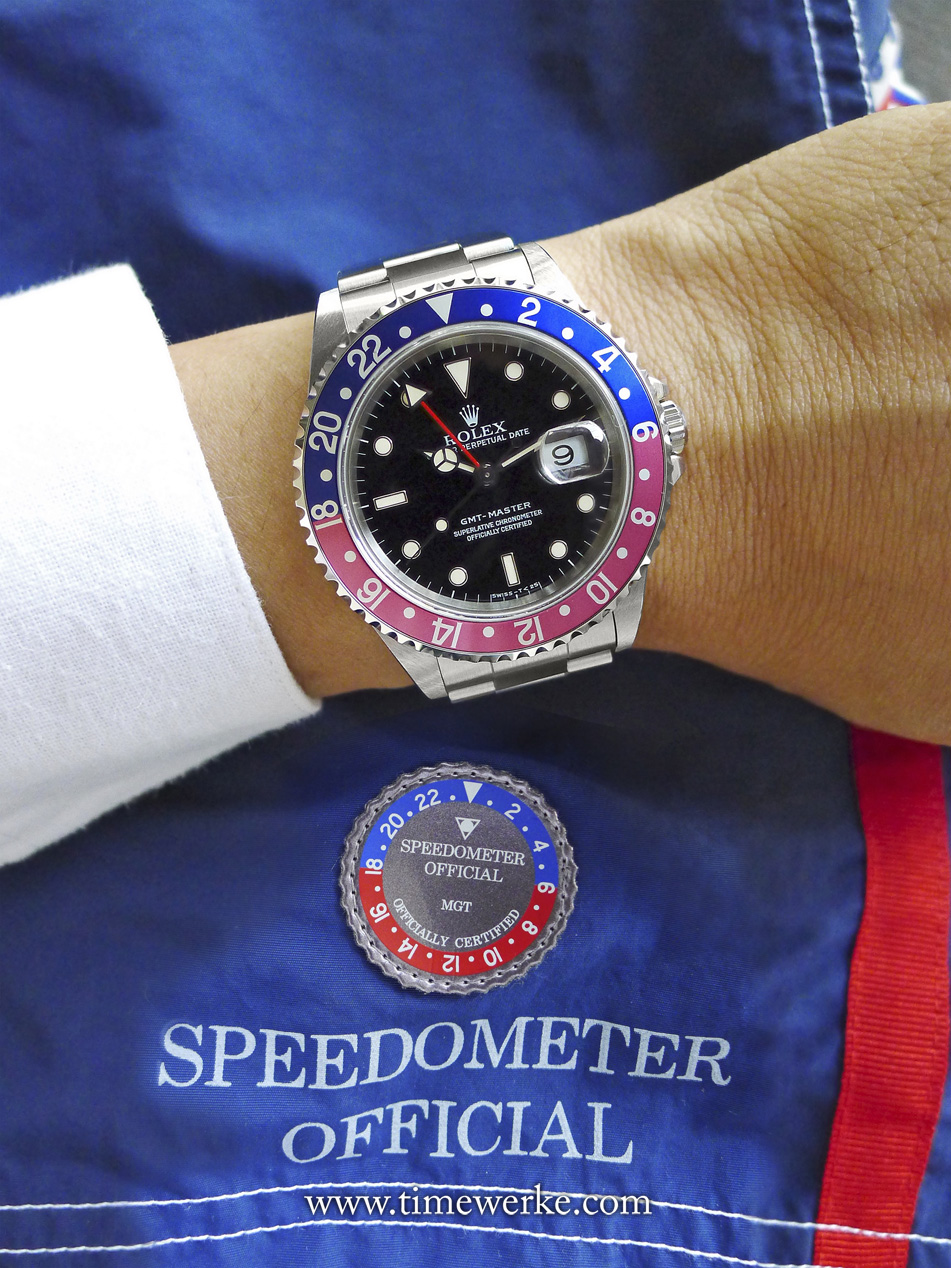 Speedometer Official's swim trunks are the perfect accompaniment to the Rolex GMT-Master. Photo: © TANG Portfolio