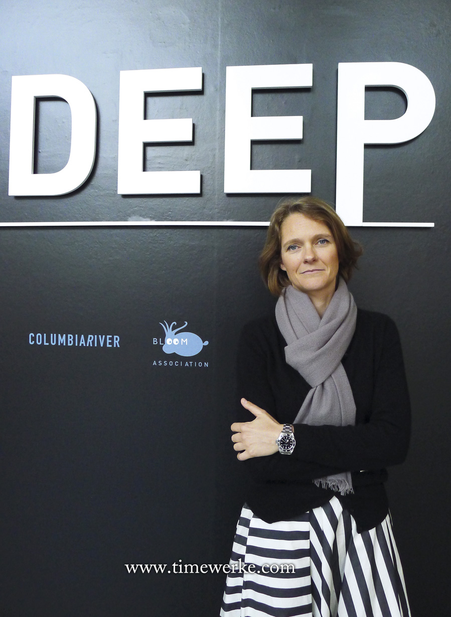 Claire Nouvian, curator of The Deep exhibition which is currently held at the ArtScience Museum in Marina Bay Sands Singapore. She is also behind the book of the same name, The Deep, which we highly recommend as it is a rich resource for those who wish to learn more about sea life in the deep oceans. Nouvian is also the president and founder of the non-profit organization, Bloom Association. Based in Paris and Hong Kong, Bloom Association is an institution that advocates the protection of the ocean's fragile ecosystem and is against destructive fishing practices. Nouvian lectures on topics such as sustainable development and deep-sea fisheries at universities around the world. We like how she carries herself especially with the Rolex on her wrist, which we believe is a Submariner. Photo: © TANG Portfolio. The Deep 2015 ArtScience Museum