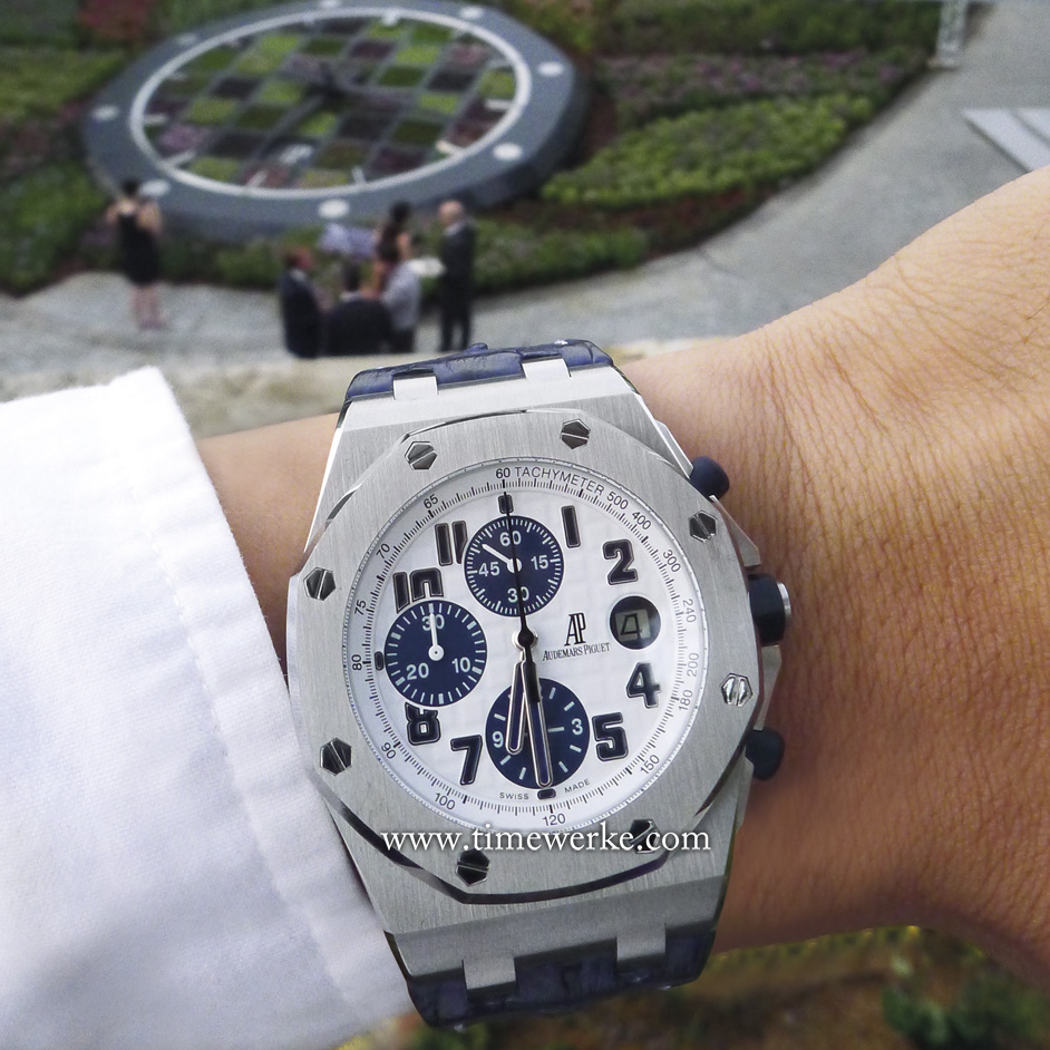 "Half-an-hour after the unveiling ceremony of the Audemars Piguet Floral Clock on 4 August 2015. Perhaps the Royal Oak would have been a wiser choice. Nonetheless, this Royal Oak Offshore ""Navy"" is as iconic as its sibling. Had the unveiling ceremony been held on 3 August, it would be perfect as the dial would display 1, 2, 3 (in the date aperture), 4, 5 and so forth. Photo: © TANG Portfolio"