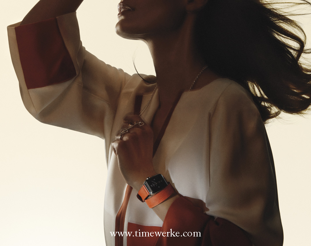 Apple Watch Hermès with double Tour Epsom calfsking strap. Photo: © Hermès